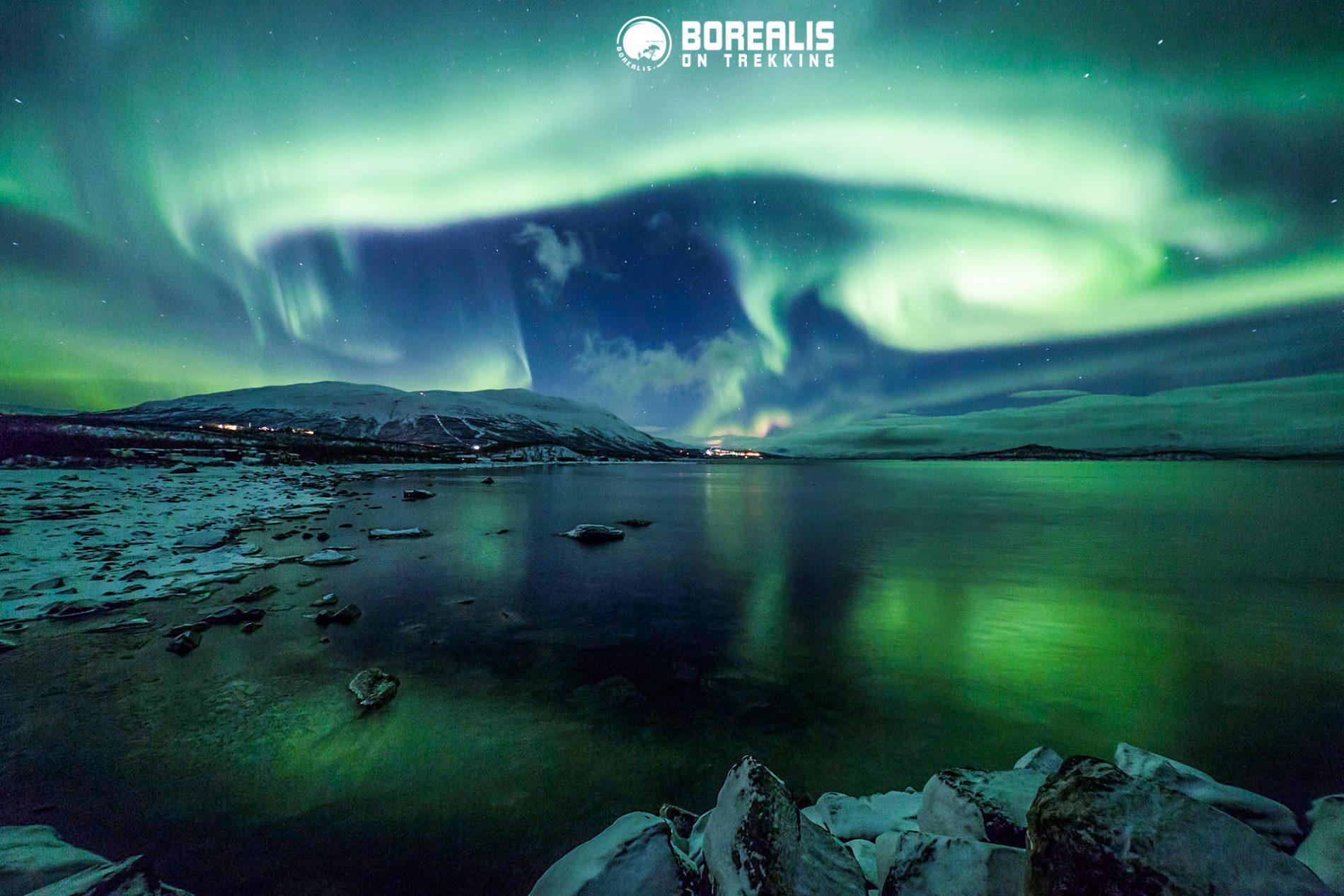 lago Torneträsk Expedição Aurora Boreal Parque Nacional de Abisko Lapónia Borealis on trekking